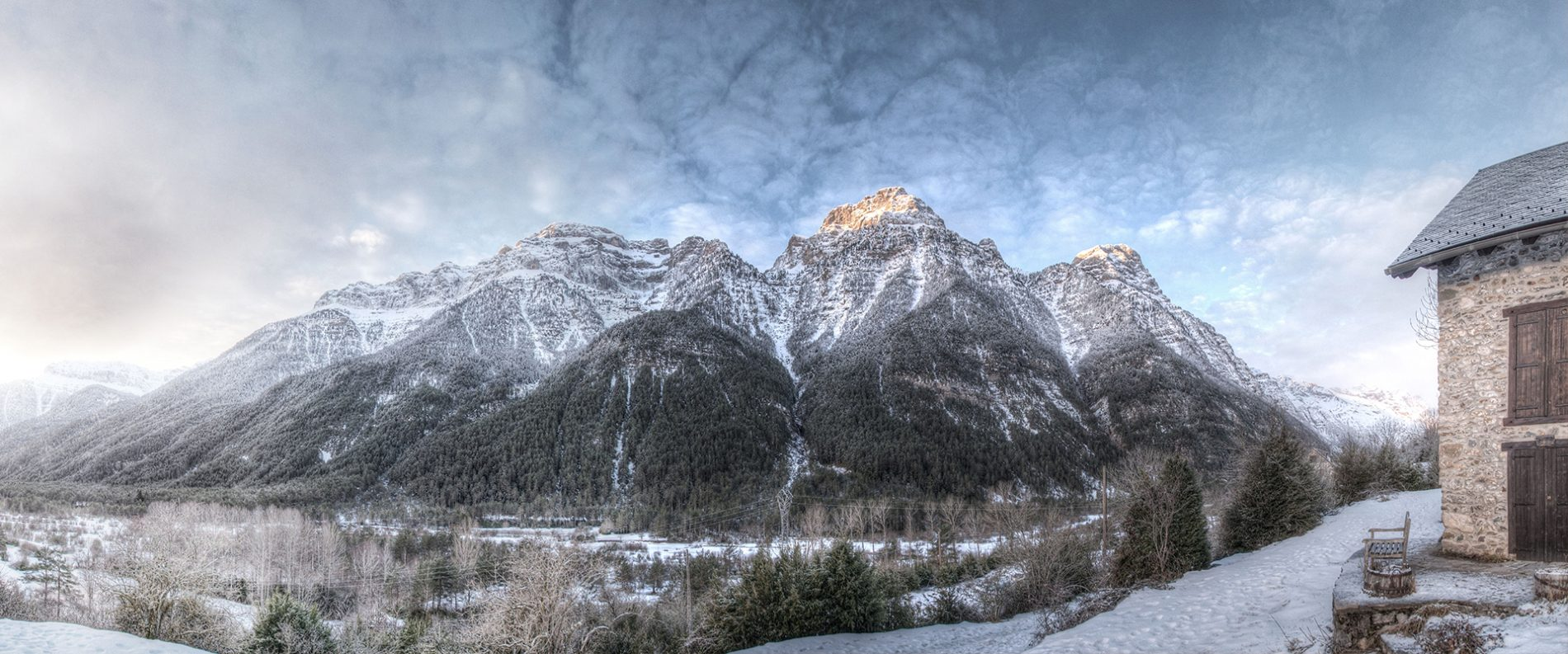 valle de Pineta nevado