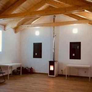 sala de eventos casas de zapatierno chimenea