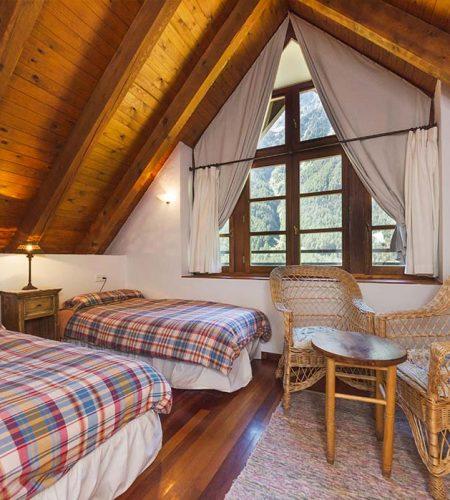las tucas salón casas de zapatierno buhardilla
